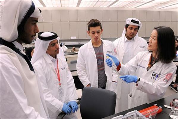 تحصیل دندانپزشکی و پزشکی در قطر